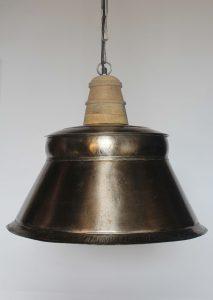 LAMPA-LOFTOWA-WISZACA-SREBRNA