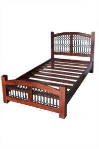 łóżko drewniane jali