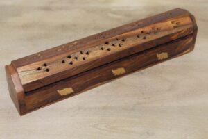 podstawka do kadzidełka z drewna