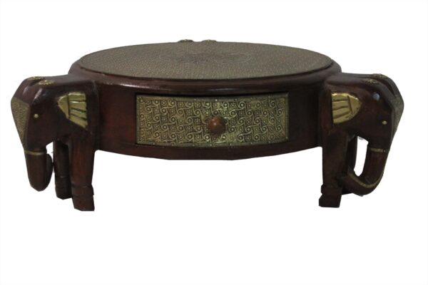 Stolik drewniany indyjski z motywem słoni