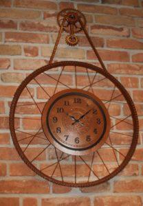 Zegar metalowy miedziany koło