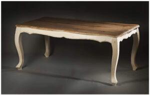 Stół z drzewa Mango