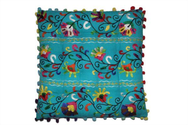 poduszka-dekoracyjna-kwadratowa-na krzesło