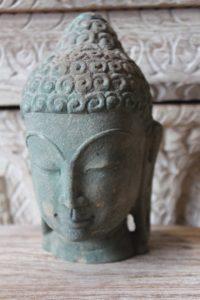 rzeźba kamienna-głowa 2