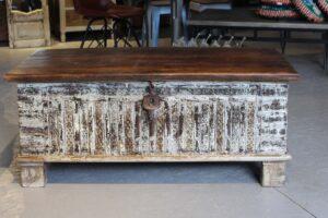 kufer-drewniany-biały