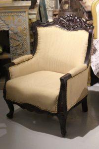 fotel-kolonialny-drewniany-