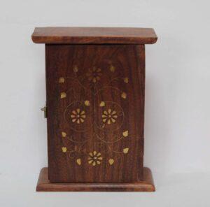 drewniana-skrzynka-na-klucze