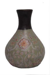 wazon-z-terakoty-beżowy