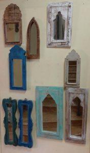 lustra drewniane małe