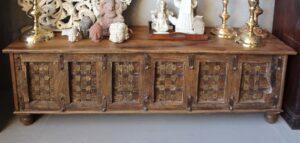 skrzynia-orientalna-drewniana