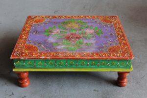 stołek drewniany niski do medytacji
