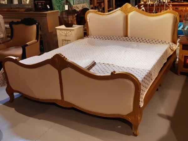 łóżko-drewniane-francuskie-gold