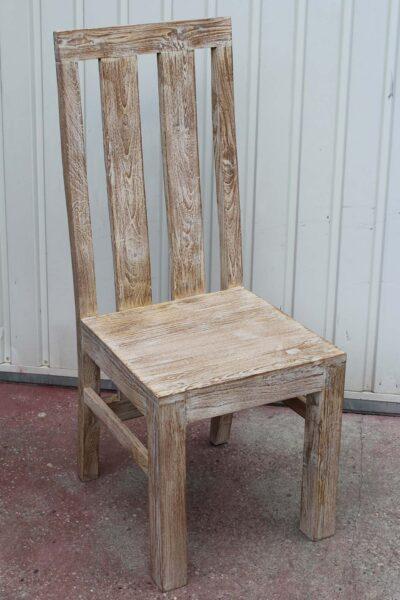 krzesło-drewniane