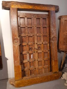 drzwi-tekowe-drewniane-indyjskie